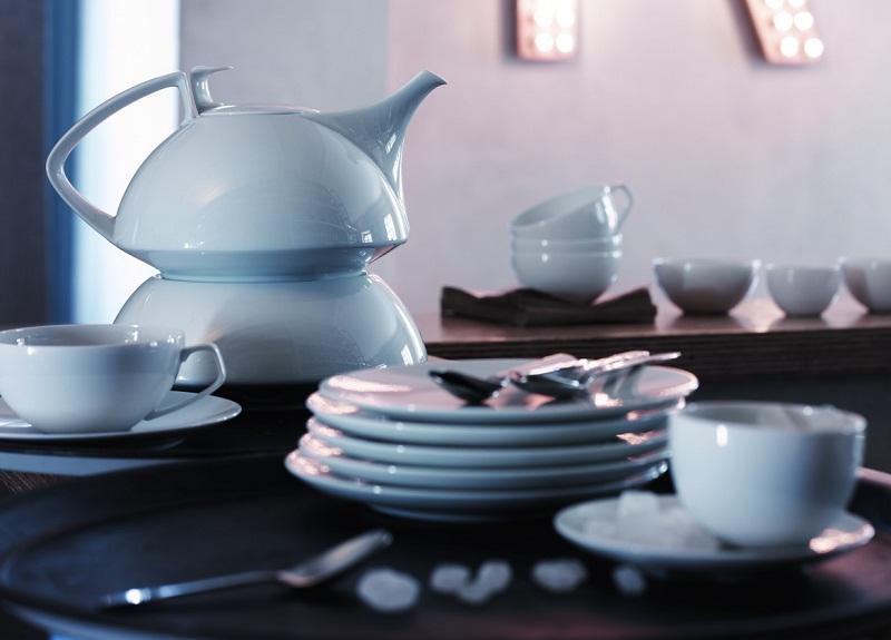 Beli porcelan