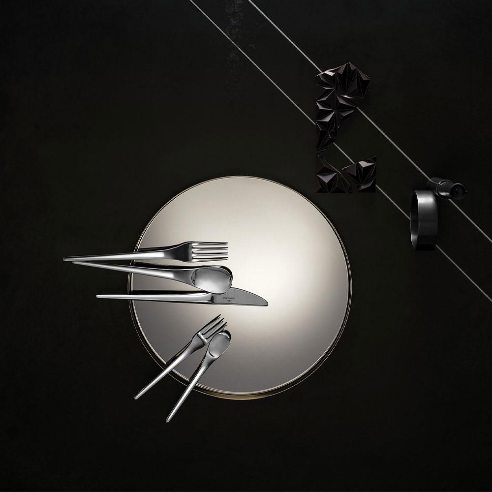New-Moon-Escajg